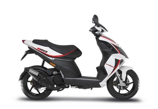 Alquiler ciclomotor 50cc