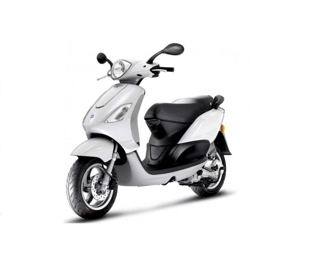 piaggio fly alquiler
