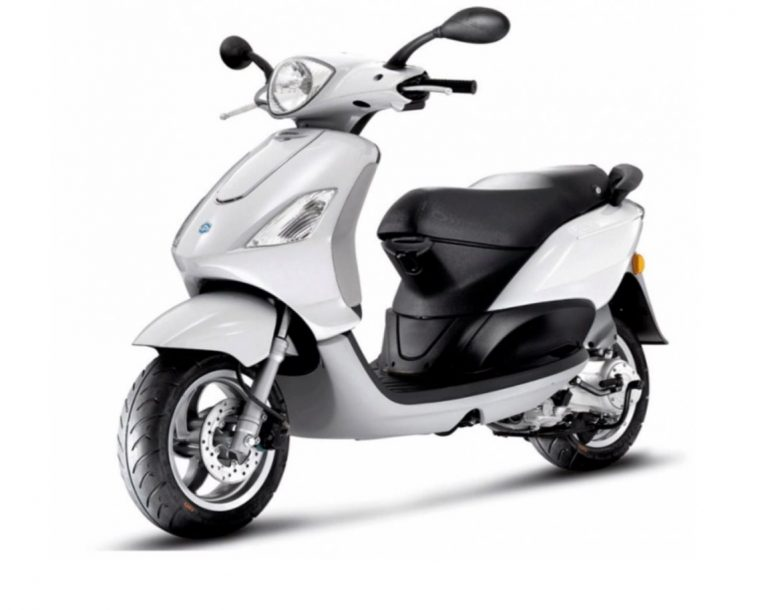 piaggio fly 50cc alquiler