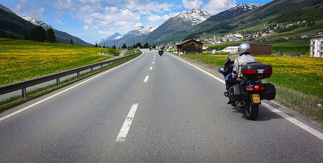 viajar en moto por españa
